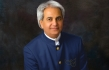 Faith Healer Benny Hinn Suffers a Heart Attack & His Family Members Are Asking for Prayers